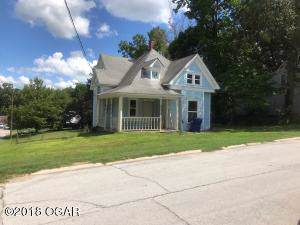801 S College Street, Neosho, MO 64850 (MLS #60152906) :: Sue Carter Real Estate Group