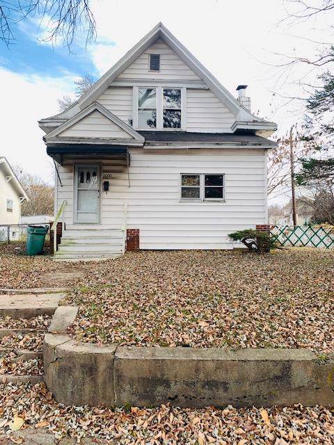 2000 N Franklin Avenue, Springfield, MO 65803 (MLS #60153338) :: Team Real Estate - Springfield