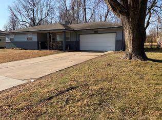 201 S Dogwood Avenue, Republic, MO 65738 (MLS #60153445) :: Sue Carter Real Estate Group