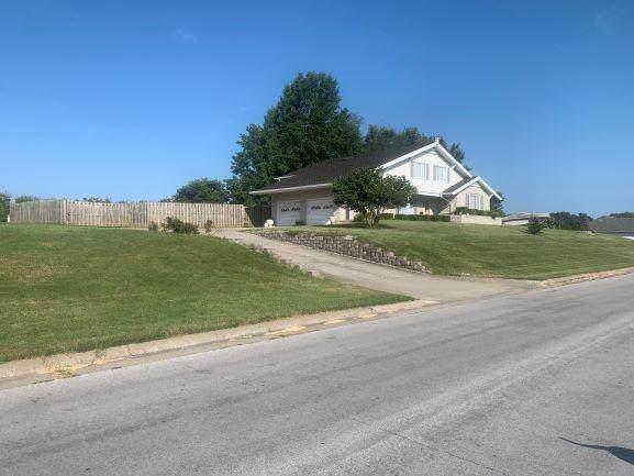 4347 N Shirley Avenue, Springfield, MO 65803 (MLS #60155354) :: Team Real Estate - Springfield