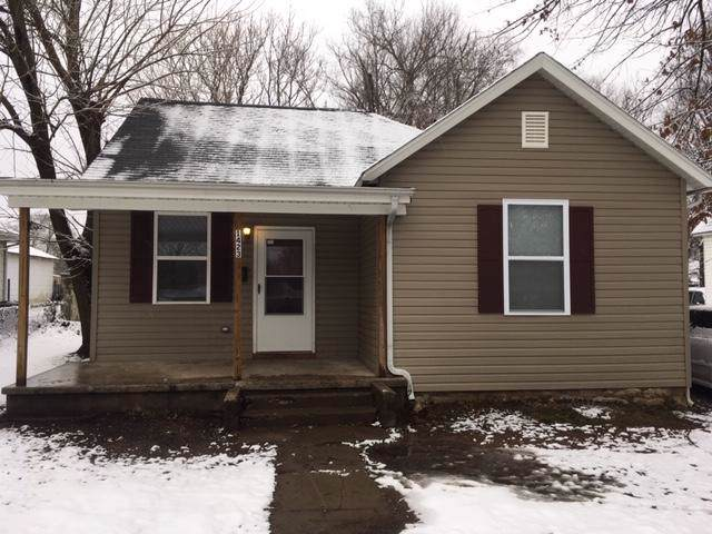 1423 E Blaine Street, Springfield, MO 65803 (MLS #60155741) :: Team Real Estate - Springfield