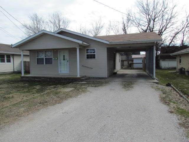 430 E Madison Street, Marshfield, MO 65706 (MLS #60157667) :: The Real Estate Riders