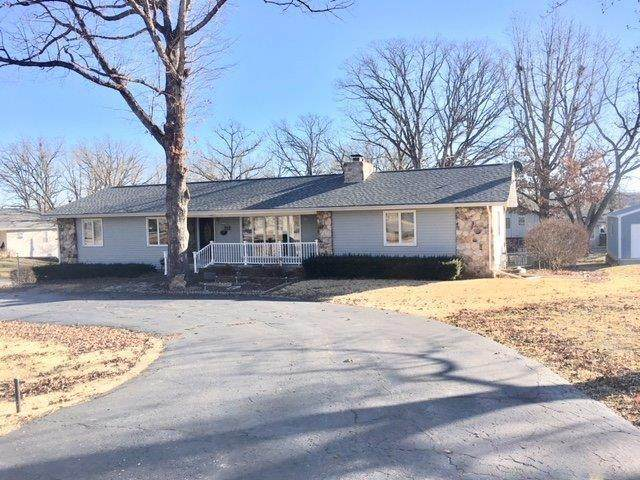 712 Trimble Drive, Willow Springs, MO 65793 (MLS #60157686) :: Massengale Group