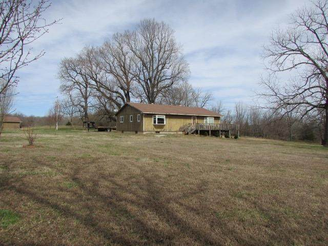 1205 County Road 6420, Pottersville, MO 65790 (MLS #60158794) :: Team Real Estate - Springfield
