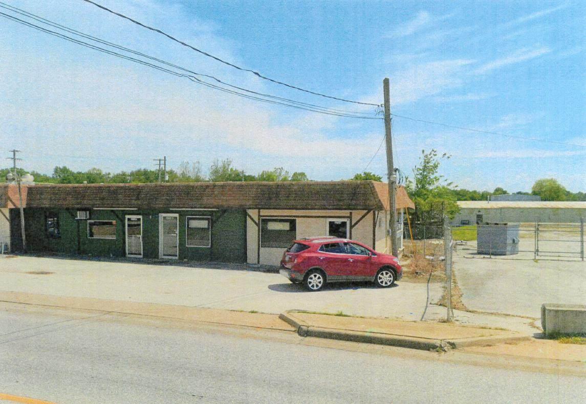 2754-A&B Division Street - Photo 1