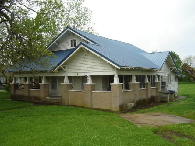 121 N Main Street, Licking, MO 65542 (MLS #60164359) :: Sue Carter Real Estate Group