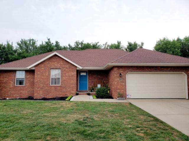 1135 W Broad Street, Republic, MO 65738 (MLS #60167641) :: Clay & Clay Real Estate Team