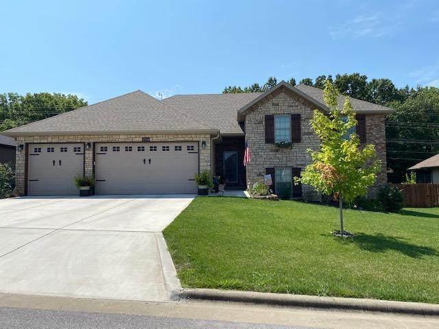2734 W Miramar Road, Ozark, MO 65721 (MLS #60170396) :: Sue Carter Real Estate Group