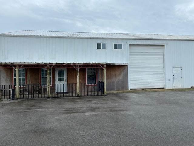 13897 Pella Lane, Neosho, MO 64850 (MLS #60170819) :: Sue Carter Real Estate Group