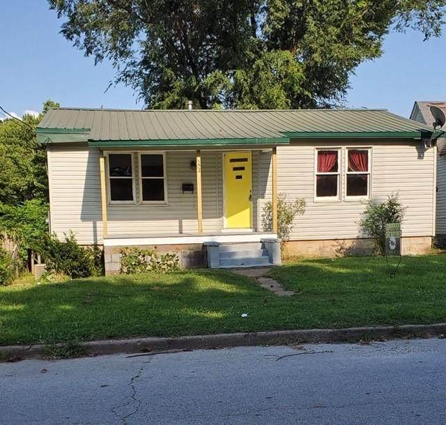 503 N High Street, Neosho, MO 64850 (MLS #60170942) :: Sue Carter Real Estate Group