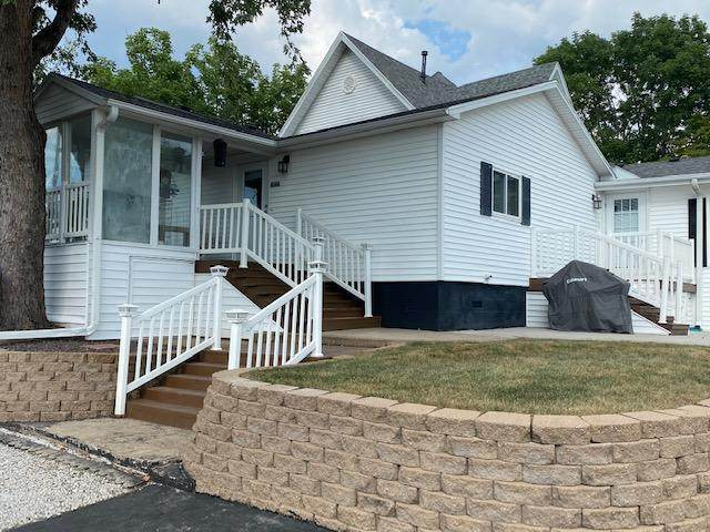 116 Water Street, Sparta, MO 65753 (MLS #60172045) :: Clay & Clay Real Estate Team