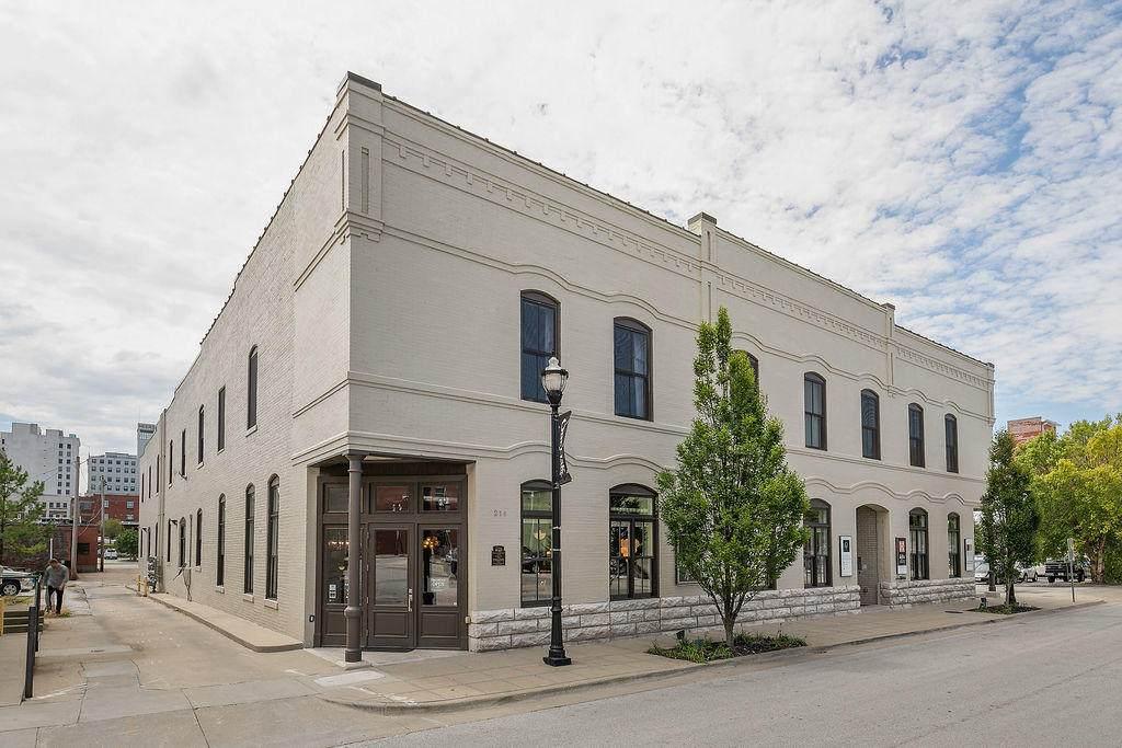 214 Phelps Street - Photo 1