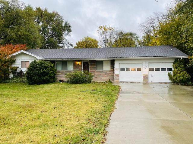 3221 W Republic Road, Springfield, MO 65807 (MLS #60177126) :: Sue Carter Real Estate Group