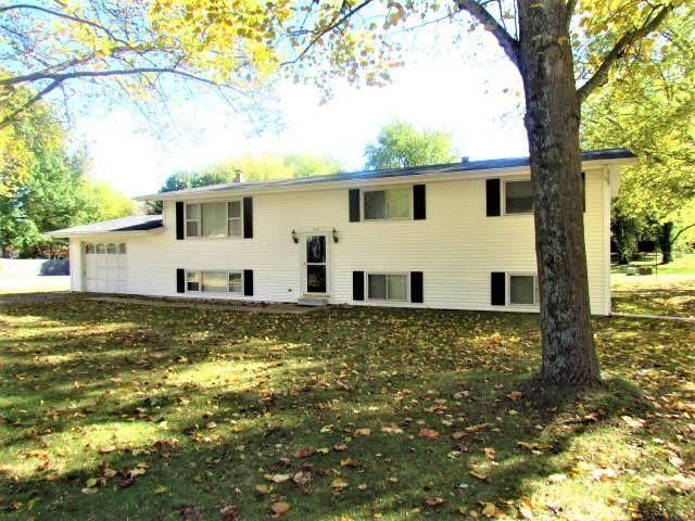 824 E Burford Street, Marshfield, MO 65706 (MLS #60177625) :: Sue Carter Real Estate Group