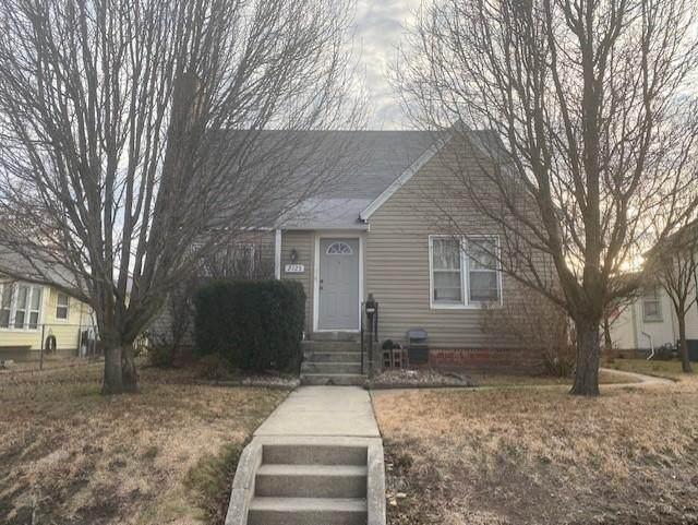 2125 S Byers Avenue, Joplin, MO 64804 (MLS #60181759) :: Clay & Clay Real Estate Team