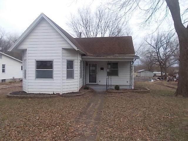 504 N Elm Street, Pierce City, MO 65723 (MLS #60181865) :: Team Real Estate - Springfield