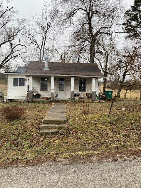 302 Pine Grove Road, Willow Springs, MO 65793 (MLS #60184040) :: The Real Estate Riders