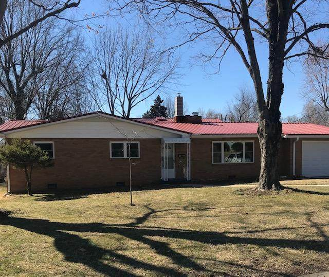 1302 7th Street, Monett, MO 65708 (MLS #60184406) :: The Real Estate Riders
