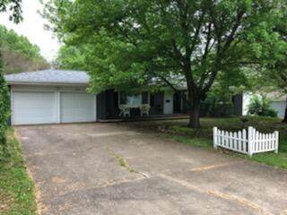 2342 S Clay Avenue, Springfield, MO 65807 (MLS #60189522) :: The Real Estate Riders