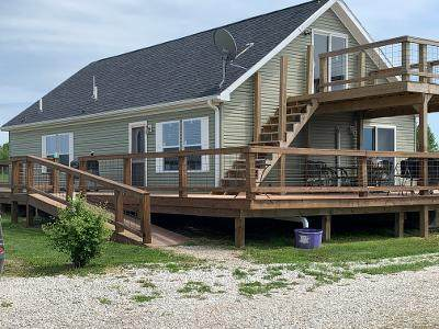 207 County Road 413, New Franklin, MO 65274 (MLS #60190035) :: The Real Estate Riders