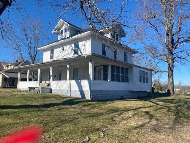509 West First, Mountain Grove, MO 65711 (MLS #60190522) :: Clay & Clay Real Estate Team