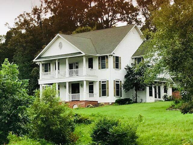 1415 N Pine Street, Marshfield, MO 65706 (MLS #60191397) :: Clay & Clay Real Estate Team