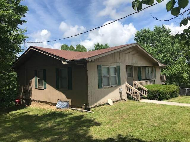 105 W Wren Street, Ozark, MO 65721 (MLS #60192652) :: United Country Real Estate