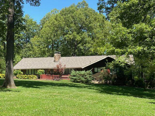 630 Brewer Street, Thayer, MO 65791 (MLS #60193239) :: Clay & Clay Real Estate Team
