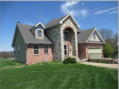 4805 W Farm Road 156, Brookline, MO 65619 (MLS #60193836) :: Sue Carter Real Estate Group