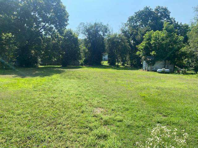 000 Garfield Avenue, West Plains, MO 65775 (MLS #60195704) :: Clay & Clay Real Estate Team
