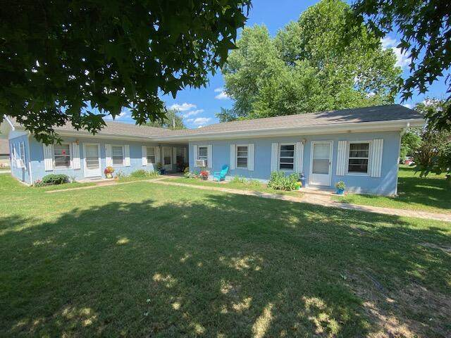 141 Buxton Street, Forsyth, MO 65653 (MLS #60195832) :: The Real Estate Riders