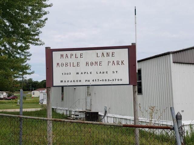 1303 Maple Lane - Photo 1