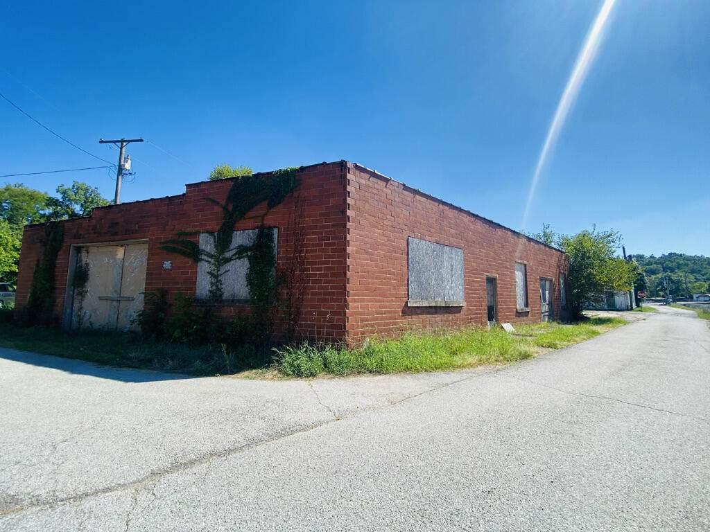 102 Railroad Street - Photo 1