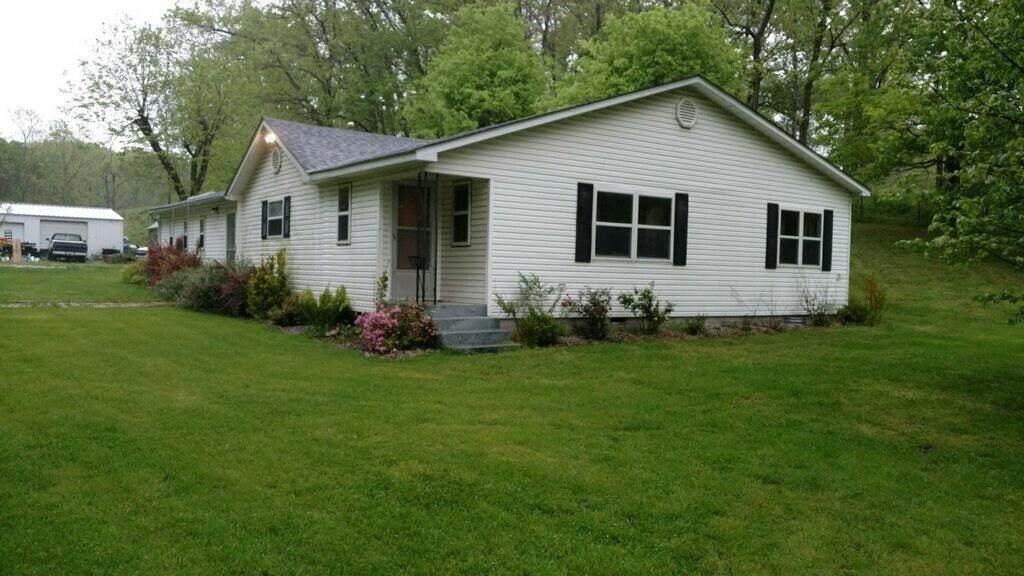 8197 Farm Rd 1120 - Photo 1