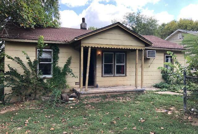 502 S 10th Avenue, Ozark, MO 65721 (MLS #60201235) :: Team Real Estate - Springfield