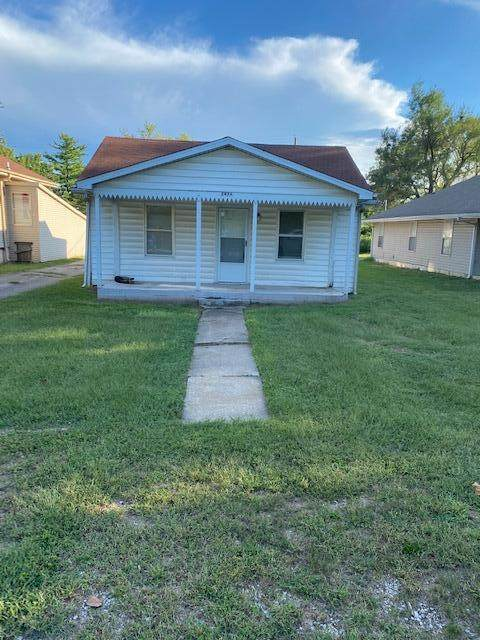 2926 W Water Street, Springfield, MO 65802 (MLS #60201405) :: Tucker Real Estate Group | EXP Realty
