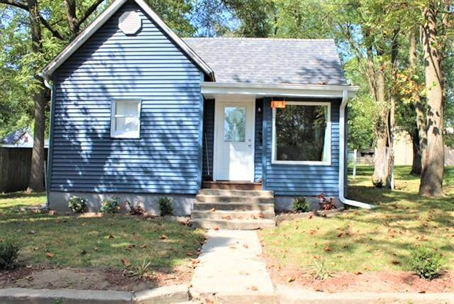 113 W Tyndall Street, Aurora, MO 65605 (MLS #60201527) :: Sue Carter Real Estate Group