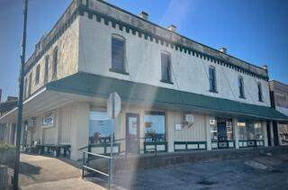 100 Oak Street, Mountain View, MO 65548 (MLS #60203483) :: Lakeland Realty, Inc.