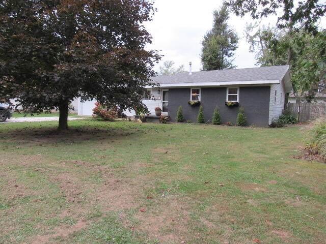 221 E Anderson Street, Seymour, MO 65746 (MLS #60203815) :: Team Real Estate - Springfield