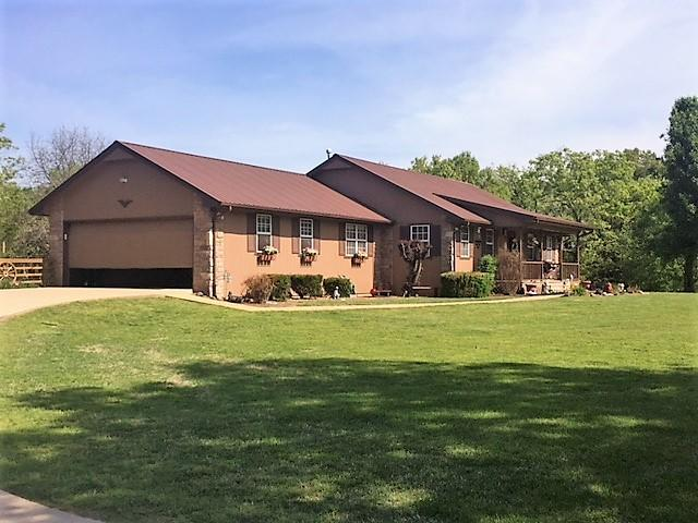 215 Parkview Drive, Pineville, MO 64856 (MLS #60107644) :: Greater Springfield, REALTORS