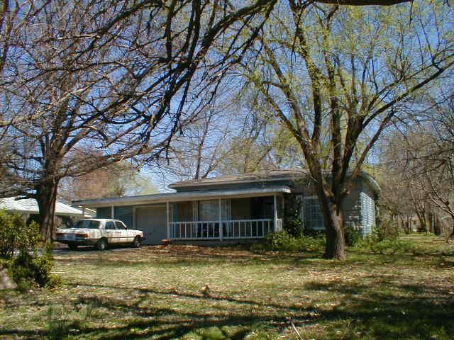 2100 S Grant Avenue, Springfield, MO 65807 (MLS #60108616) :: Good Life Realty of Missouri