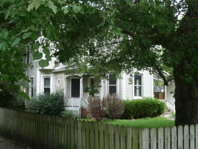 1928 N Jefferson Avenue, Springfield, MO 65803 (MLS #60119941) :: Team Real Estate - Springfield