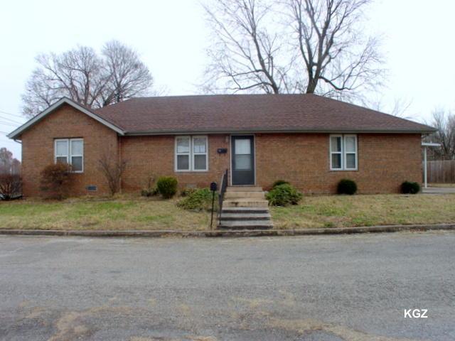 116 W Hadley Street, Aurora, MO 65605 (MLS #60124346) :: Team Real Estate - Springfield
