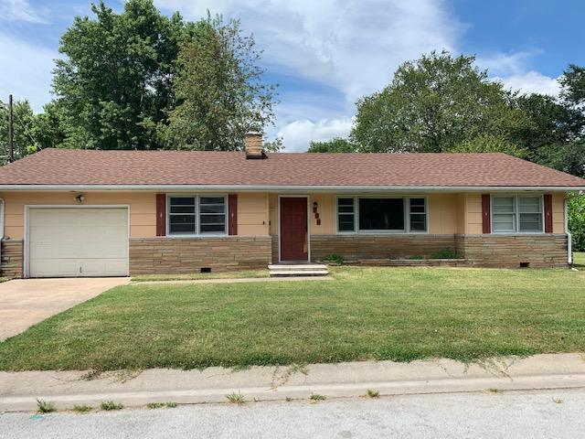 700 Boyd, Neosho, MO 64850 (MLS #60133028) :: Sue Carter Real Estate Group