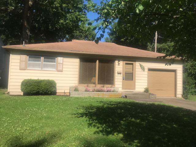 1815 S Virginia Avenue, Springfield, MO 65807 (MLS #60140795) :: Sue Carter Real Estate Group
