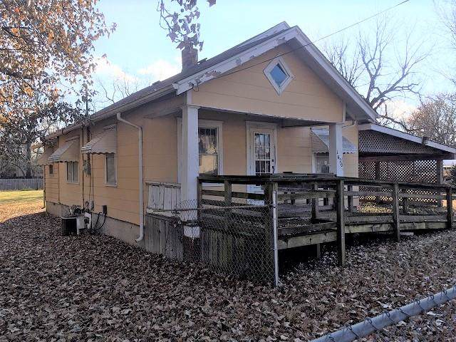 1620 W Lynn Street, Springfield, MO 65802 (MLS #60152332) :: Weichert, REALTORS - Good Life