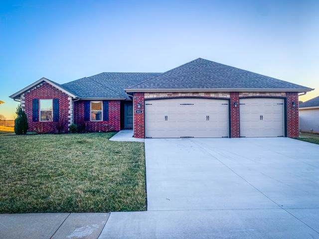 882 W Capitol Hill Drive, Rogersville, MO 65742 (MLS #60154550) :: Team Real Estate - Springfield