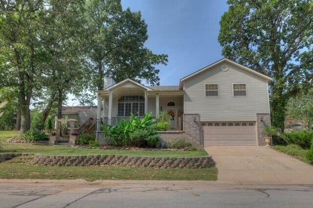 512 Major Lane, Neosho, MO 64850 (MLS #60201820) :: Sue Carter Real Estate Group