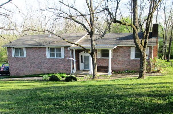 401 E 8th Street, Pineville, MO 64856 (MLS #60100616) :: Team Real Estate - Springfield