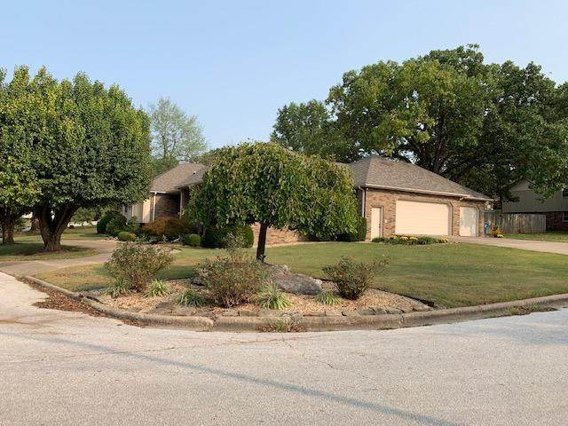 3728 E Eastwood Boulevard, Springfield, MO 65809 (MLS #60172821) :: The Real Estate Riders